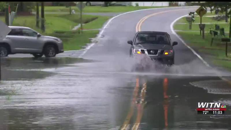 Flooding closes several roads in Greenville & Pitt County