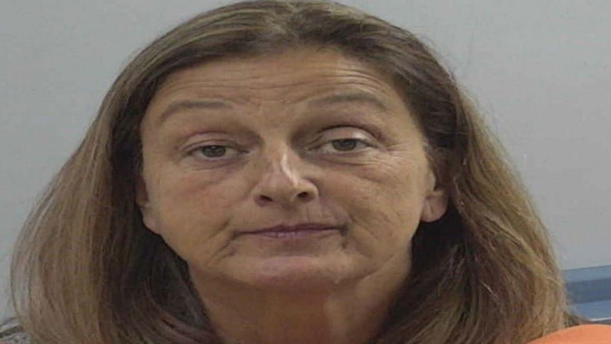 Goldsboro police have charged Angela Uzzell with possession of an illegal video gaming machine,...