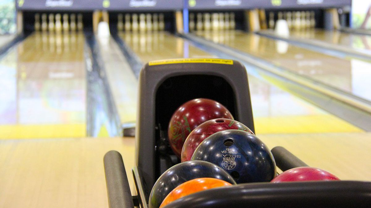 Bowling alley (WBAY file photo)