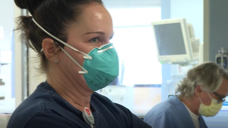 CarolinaEast ICU Nurse given Healthcare Hero Award