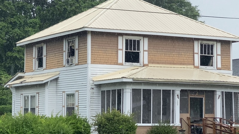No one was injured in this fire early Thursday morning.