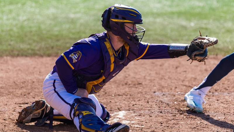 East Carolina junior Seth Caddell has signed a free agent contract with the Cleveland Indians,...