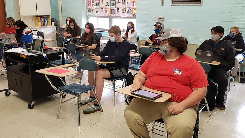 Schools in Lenoir County are requiring face masks in the classroom.