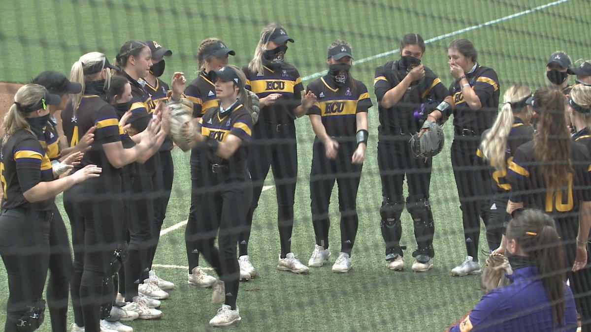 ECU softball sweeps Ohio